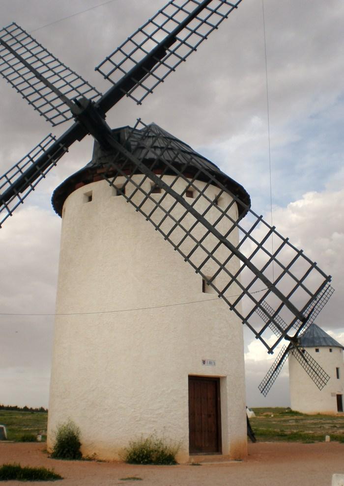 Molino de viento en la Sierra de los Molinos (Foto jjferia).